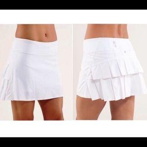 Lululemon White Ruffle Skirt